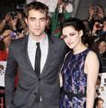 Kristen Stewart and Robert Pattinson(aka Bella Swan and Edward Cullen)