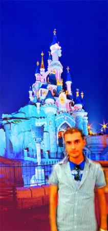 Laith In Disney kasteel