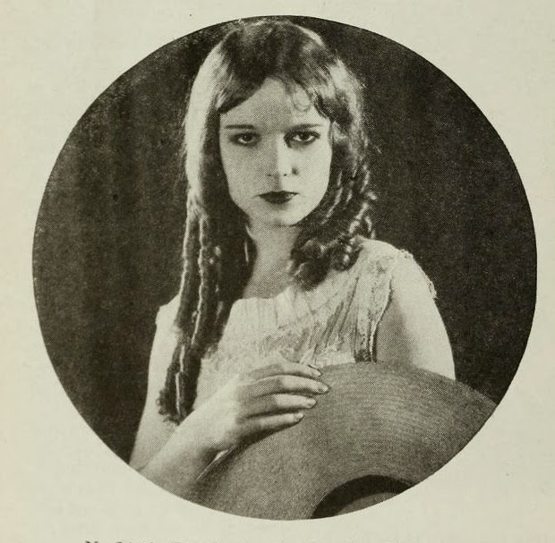 Louise Brooks as Mary Pickford