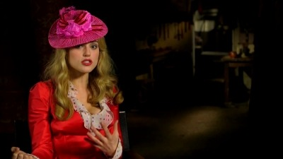 Dracula NBC 바탕화면 entitled Lucy Westenra