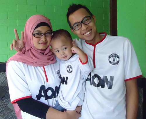 Manchester United দেওয়ালপত্র containing a jersey titled Manchester United অনুরাগী Family