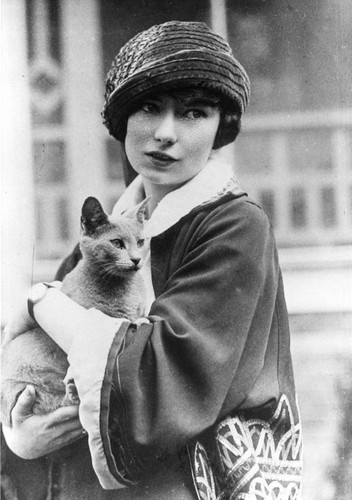 Poets & Writers fond d'écran containing a kitten, a cat, and a tom titled Margaret Mitchell