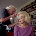 Marilyn Getting Her Hair Done - marilyn-monroe photo