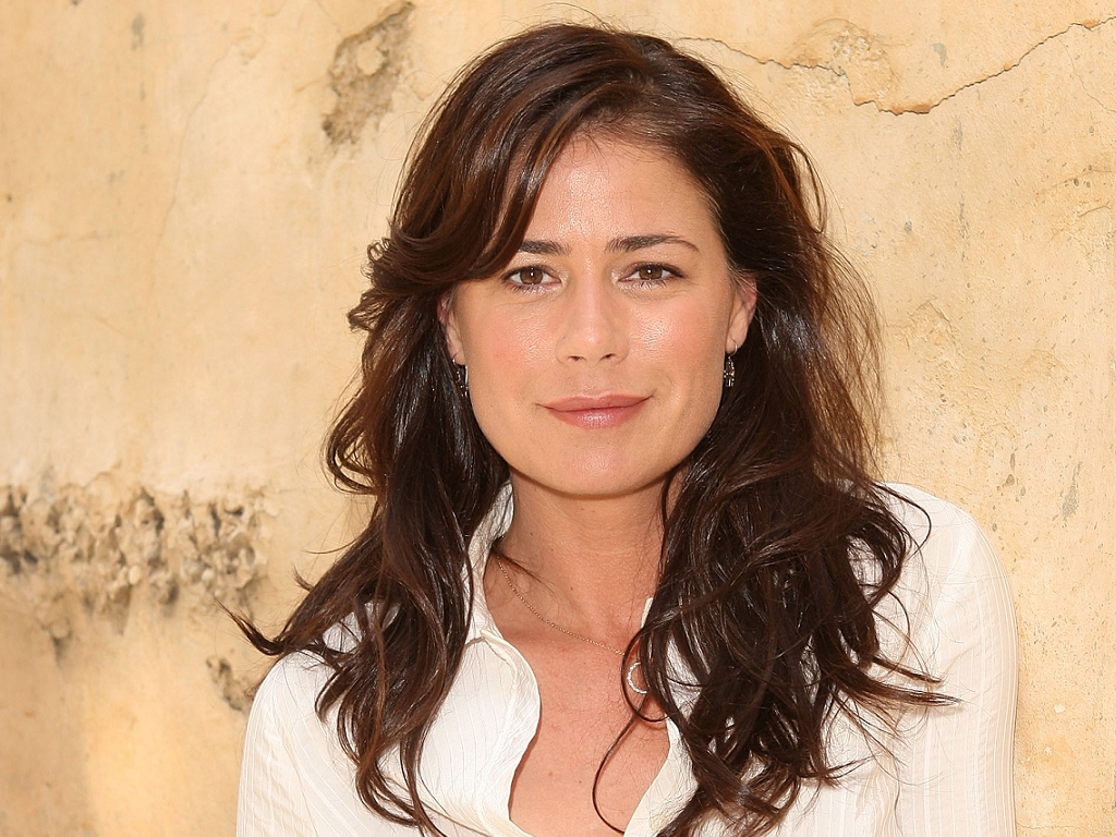 Maura Tierney images Maura Tierney HD wallpaper and ...