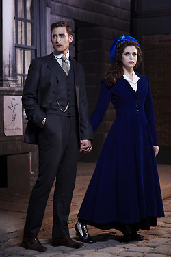 Dracula NBC fondo de pantalla probably containing a business suit entitled Jonathan and Mina