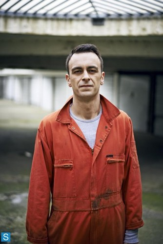 Misfits E4 wallpaper possibly with a workwear called Misfits - Season 5 - Full Set of Cast Promotional Photos