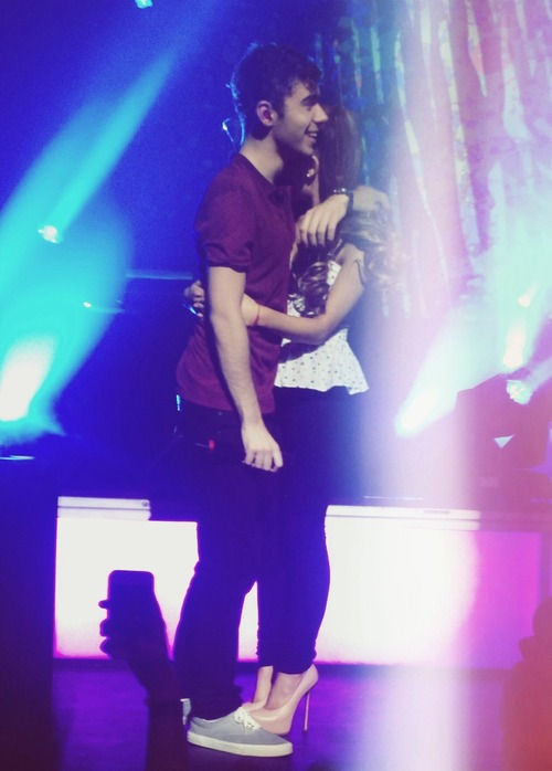 Nathan the wanted and ariana grande - photo#16