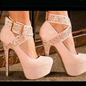 粉, 粉色 High Heels