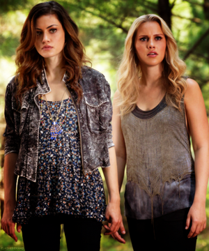 "Rebekah and Hayley in 1x05 ""Sinners and Saints"""