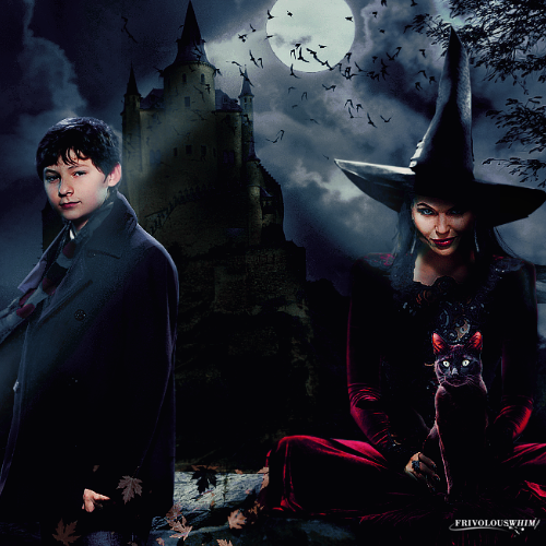 Once Upon A Time wallpaper titled Regina and Henry Halloween