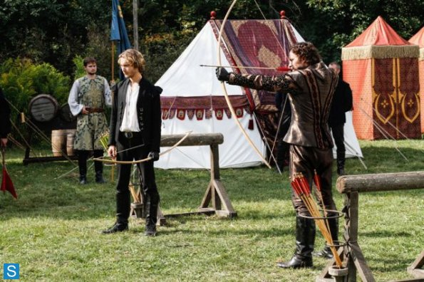 Reign - Episode 1.04 - Hearts and Minds - Promotional Photos
