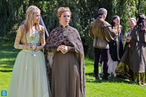 Reign - Episode 1.05 - A Chill in the Air - Promotional фото