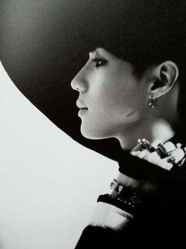 Shinee wallpaper containing a fedora titled SHINee EVERYBODY♥ TAEMIN