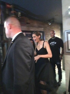 Stana seeing her fans-Octuber,2013