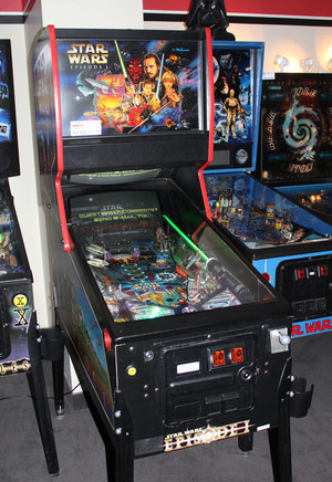星, 星级 Wars Prequel Pinball Machine