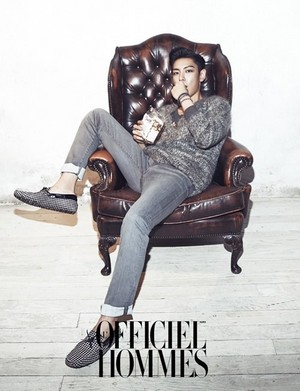 T.O.Pthe cover of the November issue of 'L'Officiel Hommes'!