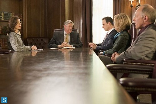 Will & Alicia wallpaper with a boardroom, a brasserie, and a dining room entitled The Good Wife - Episode 5.06 - The Next Day - Promotional Photos