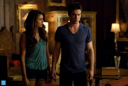 Damon Salvatore پیپر وال probably containing a drawing room, a drawing room, and a living room titled The Vampire Diaries - Episode 5.06 - Handle with Care - Promotional تصاویر