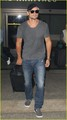 Tom Welling Lands in Los Angeles After Venice Film Festival - tom-welling photo