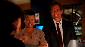 Tony and Ziva: 9x3 - The Penelope Papers