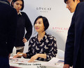 Victoria Lovcat Fansign - f-x photo