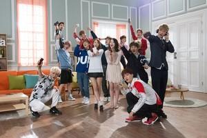 Yoona Sulli and EXO SKT LTE