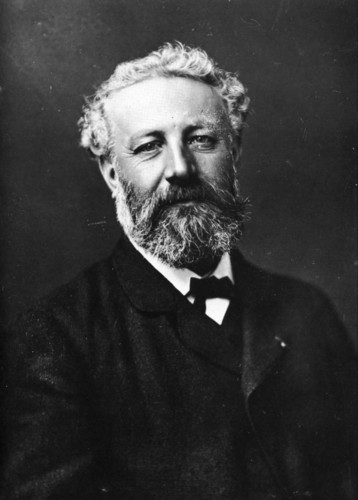 Poets & Writers fond d'écran probably containing a business suit entitled Jules Verne