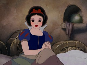 snow white's early-riser look