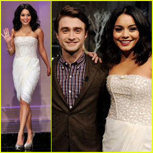Harry Potter फिल्में वॉलपेपर containing a bridesmaid, a रात का खाना dress, and a कॉकटेल dress called <33