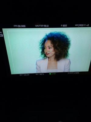 ''Move'' संगीत Video - Stills