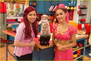 'Sam & Cat' #DollSitting
