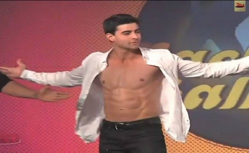 Saraswatichandra (série TV) fond d'écran possibly containing a legging, a pantleg, and long trousers called gautam @nachbaliye6
