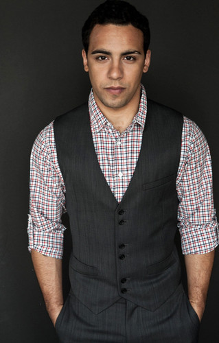 《五十度灰》 壁纸 probably containing a well dressed person, a business suit, and a suit titled 50 Shades of Grey's newest cast member : Victor Rasuk(Jose Rodriguez)