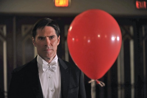 SSA Aaron Hotchner वॉलपेपर entitled Aaron Hotchner