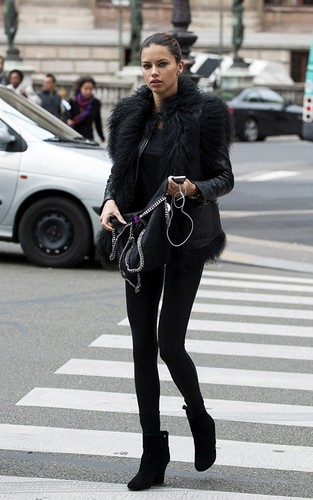 Adriana Lima hình nền with a đường phố, street and a hip boot called Adriana Lima