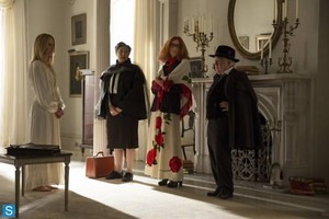 American Horror Story - Episode 3.04 - Fearful Pranks Ensue - Promotional foto