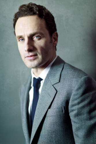 Andrew lincoln Hintergrund containing a business suit, a suit, and a double breasted suit entitled Andrew♥