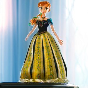 Anna Дисней Store Limited Edition doll