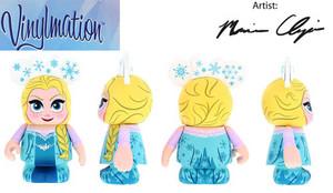 Elsa Vinylmation Figure