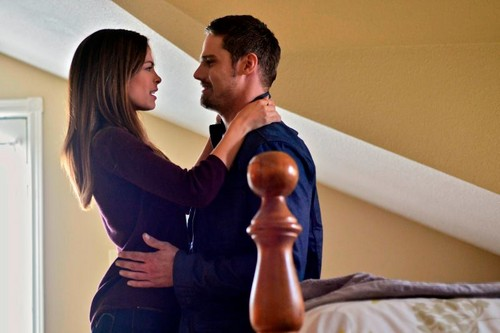 """Beauty and the Beast (CW) Обои called BATB 2x07 """"Guess Who's Coming To Dinner?"""" фото"""