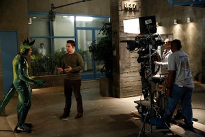 "Behind the Scenes fotos from NEW GIRL: ""Keaton"""