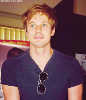 Bradley James ★