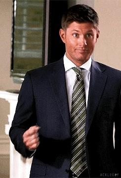 Dean Winchester ♫
