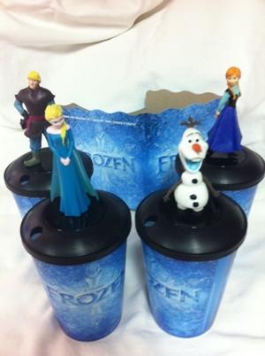 Frozen Cup Set