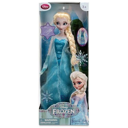 Elsa und Anna Hintergrund titled Frozen Disney Store Singen Elsa Doll