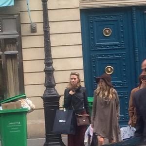 Hilarie dans Paris