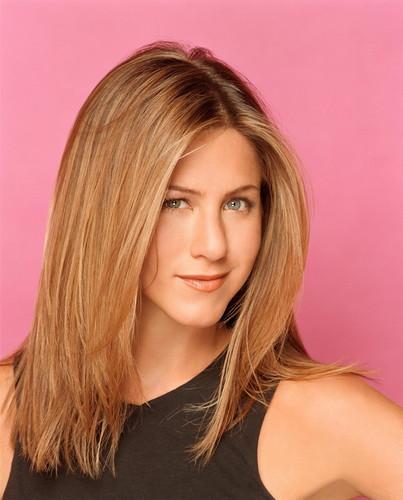 Jennifer Aniston wallpaper containing a portrait called Jennifer aniston