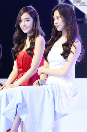 Jessica and Seohyun 'GiRL de Provence' Thank u Party