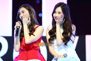Jessica and Seohyun 'GiRL de Provence' Thank tu Party