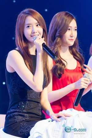 Jessica and Yoona 'GiRL de Provence' Thank tu Party